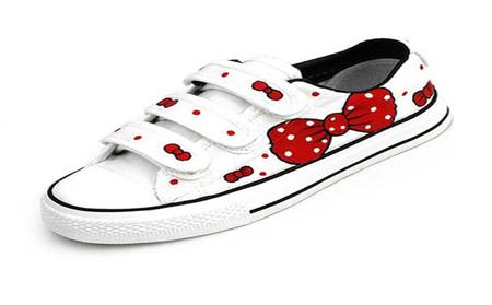 魔术贴鞋子